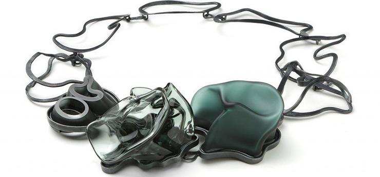 Biba-schutz-necklace-740