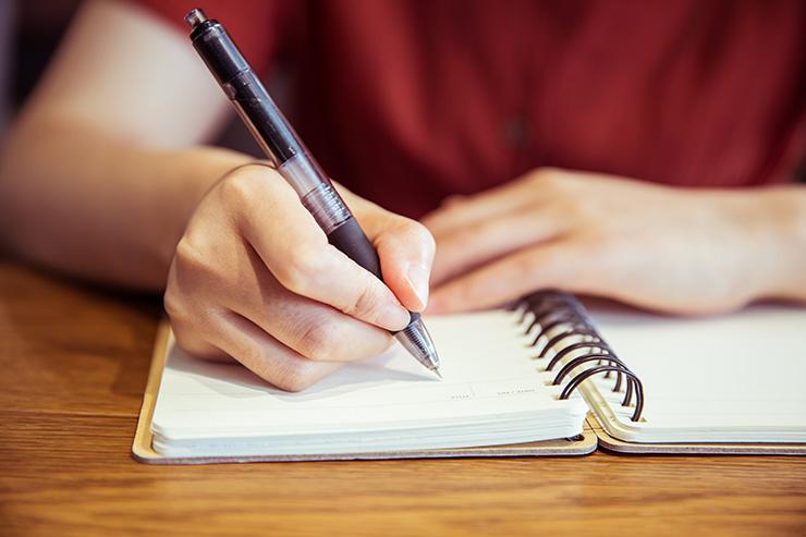 NYCITYWOMAN | How to Write Your Own Memoir | NYCITYWOMAN