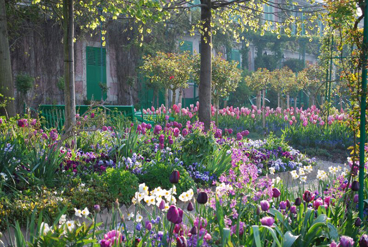 Fine Art Travel at Giverny